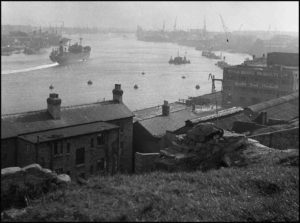 Photograph of the Tyne from North Shields