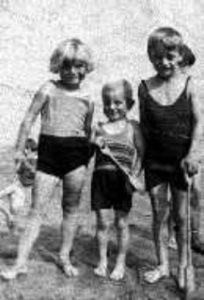 Photograph of children on Whitley Bay beach, 1935